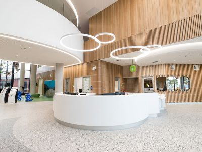 VHHSBA-Health-Joan-Kirner-Womens-and-Childrens-Hospital-welcome-desk-May-2019-gallery_0